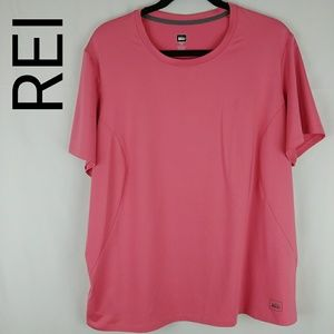 REI | Pink Sports Top 2X